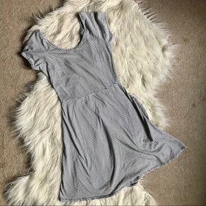 🧶3/$30🧶 LA hearts skater dress